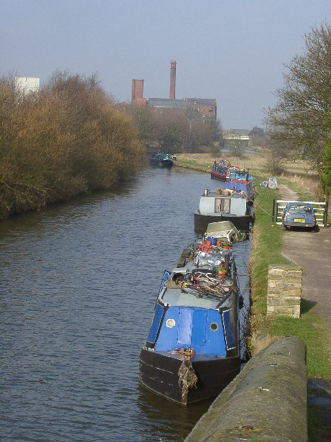 Leeds and Liverpool Canal, Burscough