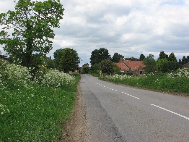 The road into Raskelf