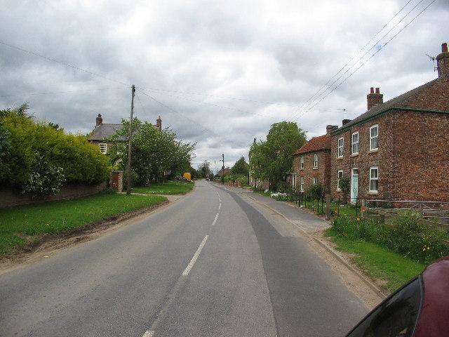 Flawith main street