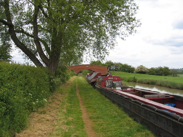 Oxford Canal at Napton Holt