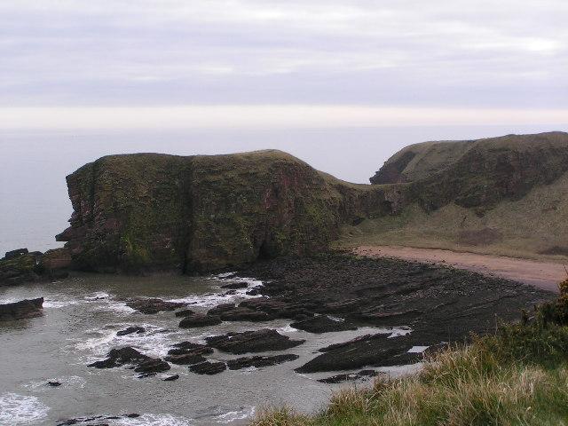 Towards Lud Castle