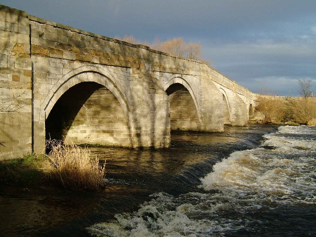 B6265 road bridge over River Ure