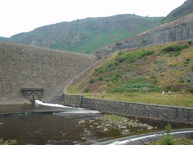 Dam on Caban-Coch Reservoir, near Rhayader