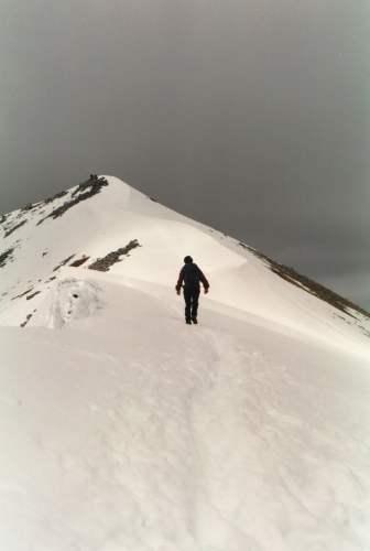Ascending the south ridge of Binnein Mor