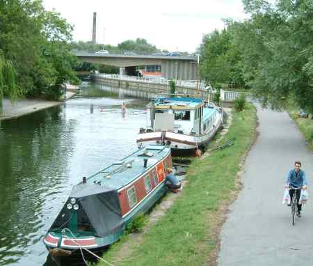 River Cam and Elizabeth Way bridge