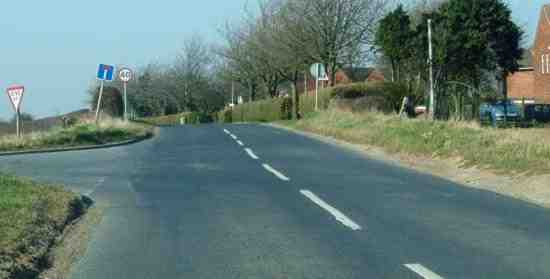 Boroughbridge road south of Dishforth Airfield