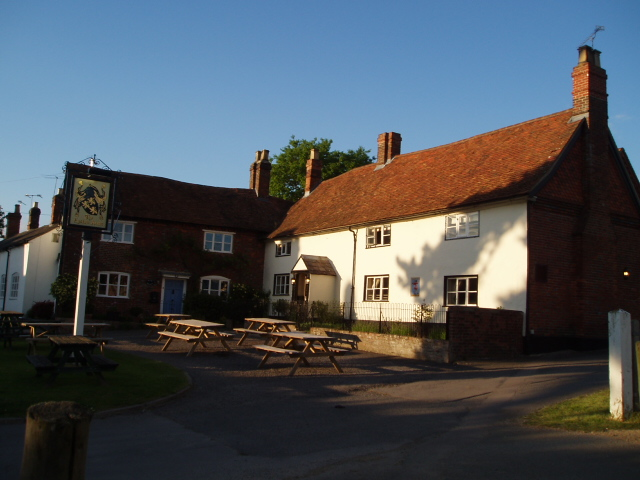 Eyston Arms pub & the Old Post Office, East Hendred - 3