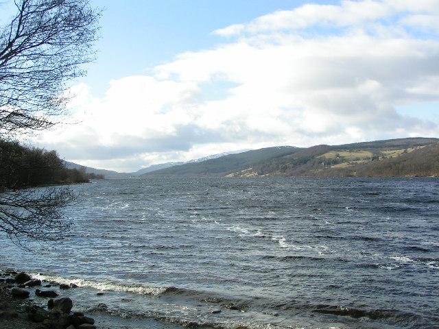 Looking west along Loch Tummel