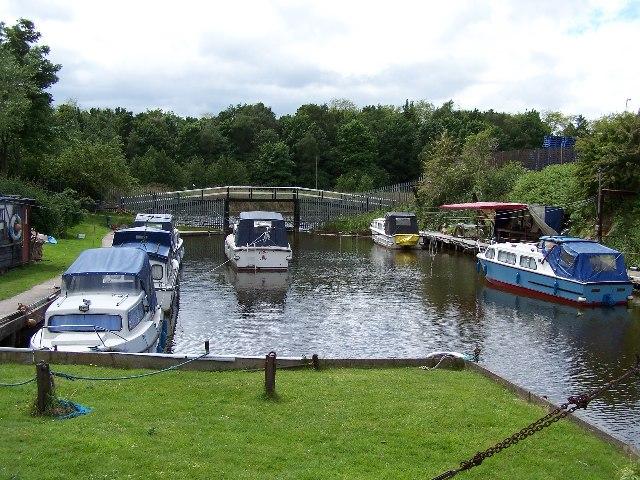Weaver Motor Boat Club, Sutton Dock
