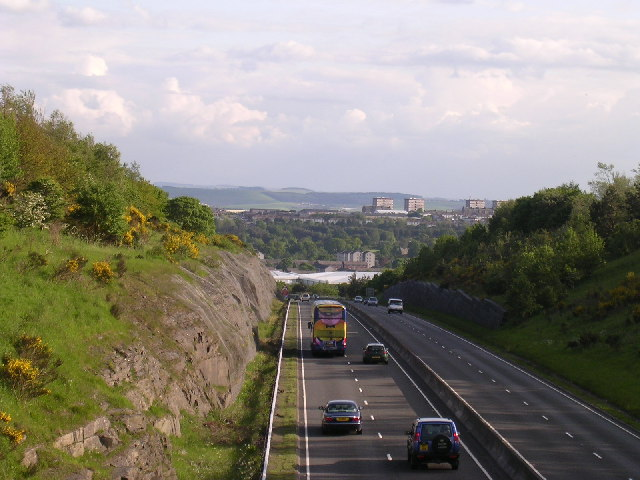 A 90 (T) enters (and leaves!) Dundee