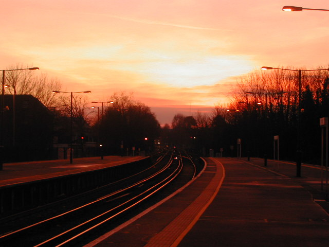 Epsom Station : Sunset