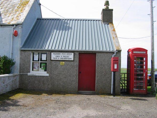 Tigh a' Ghearraidh post office.