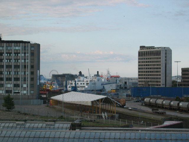 Brownfield site by Aberdeen harbour / railway station