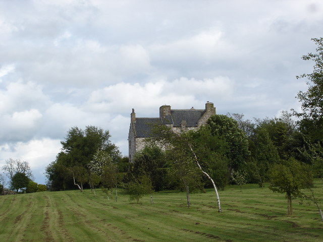 Ochiltree Castle, Bathgate Hills