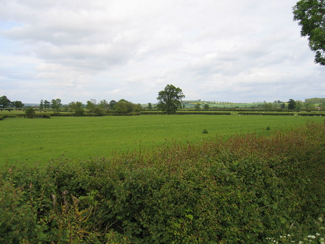 View from lane to Calcutt House Farm