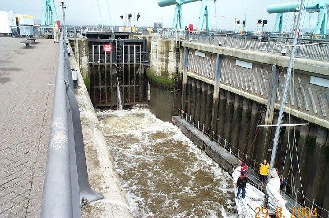 Cardiff Bay Barrage lock