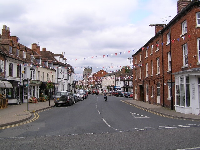 Alcester High Street complete with bunting!