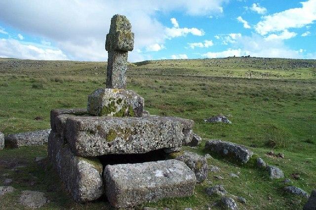 Childe's Tomb - Dartmoor