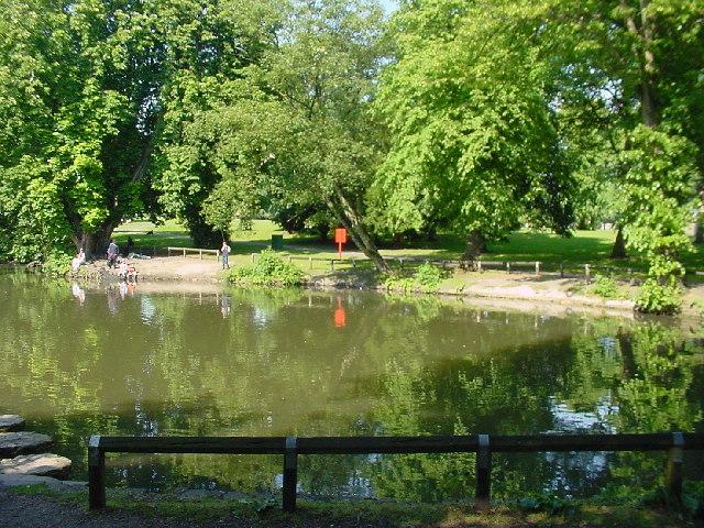 Vernon Park Lake