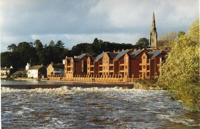 Trews Weir, River Exe in flood