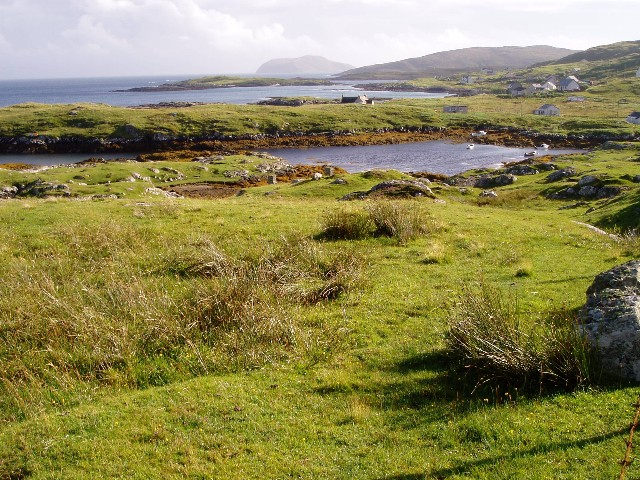 Looking along the coast at Earsairidh