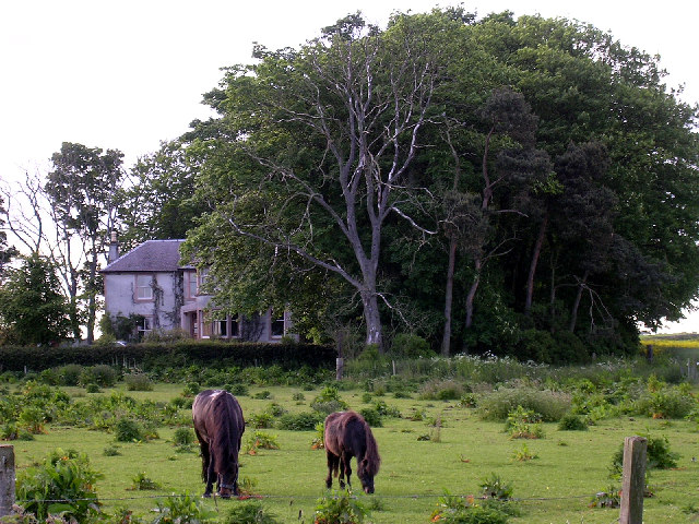 Pitskelly farmhouse north of Carnoustie