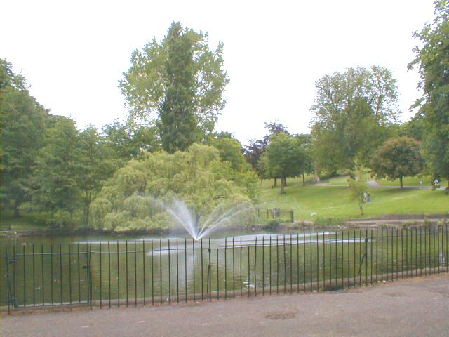 Round pond , Christchurch Park