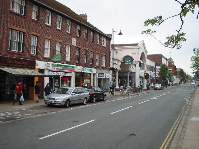 Fleet Road, Fleet
