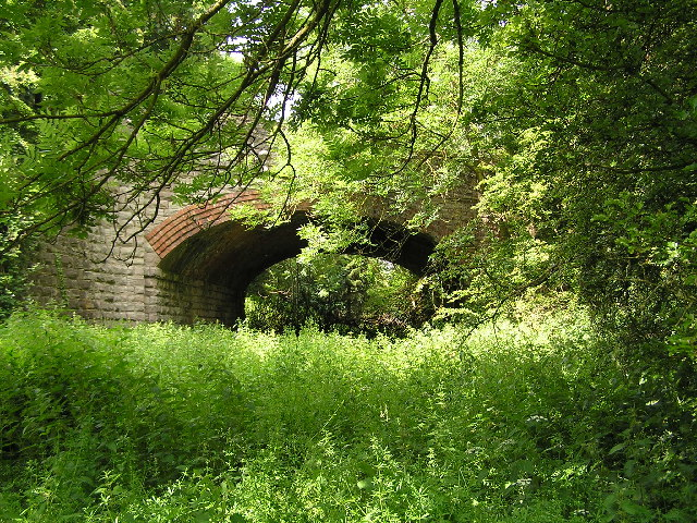 Disused railway bridge at Alcester.