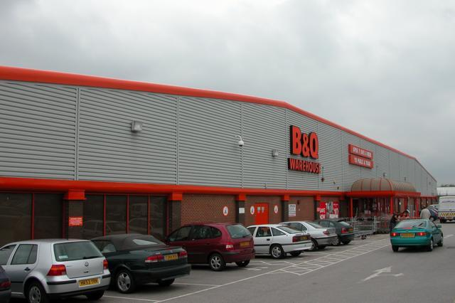 B and Q superstore, Bedhampton