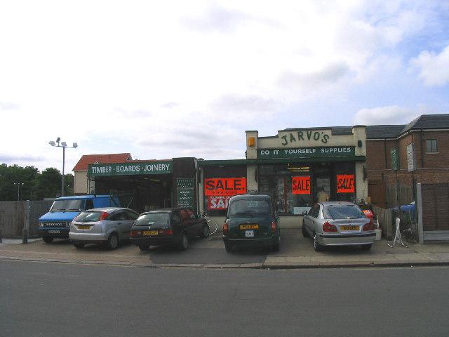 'Closing Down' - Jarvos DIY Store, Upminster, Essex