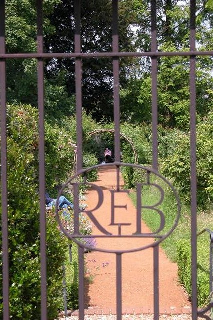 Petersfield Physic Garden