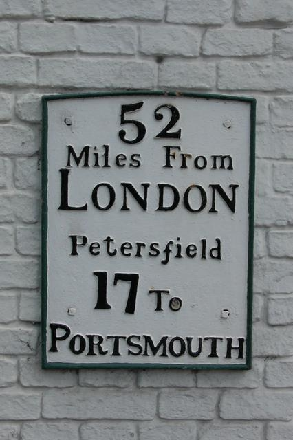 52 miles from London, 17 miles To Portsmouth