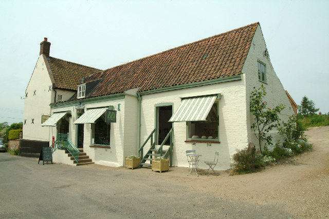 Itteringham Village Shop and gallery