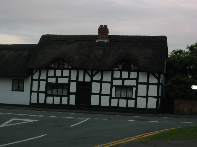 Thatched black & white cottage, Weaverham
