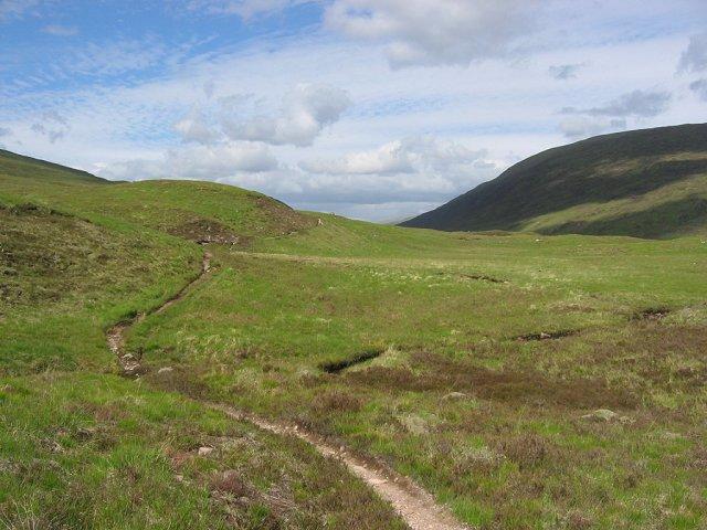 Path, Allt Cadha Dheirg.