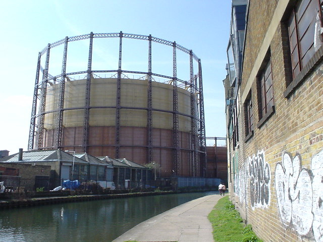 Gasholder on the Regent's Canal