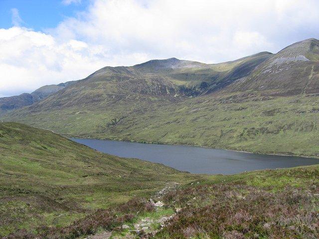 Allt Riabhach Beag and Loch Eilde Mor