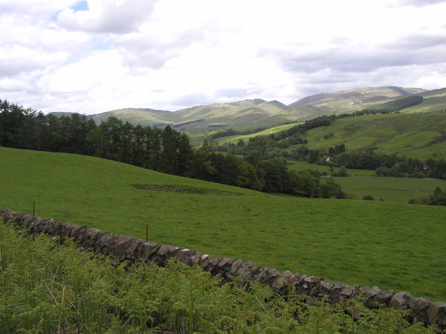 Near Gardenholme