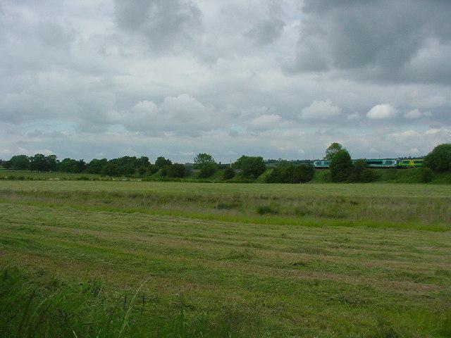 Railway embankment east of Aldercar Hall