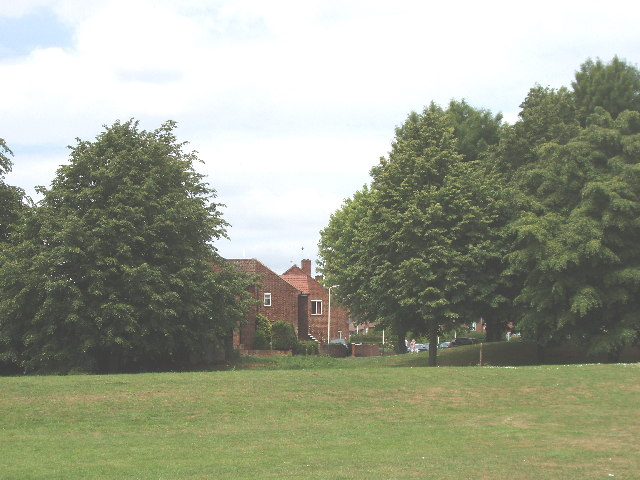Redcar Close, Petts Hill - former Northolt Park Racecourse