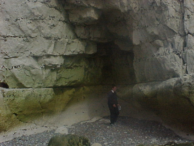 Cave and notch in chalk cliffs