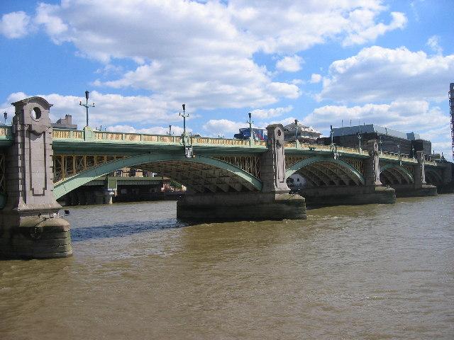 Southwark Bridge, London.