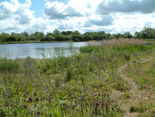 Fishing lake near huntingdon stuart buchan geograph for Nearest fishing lake