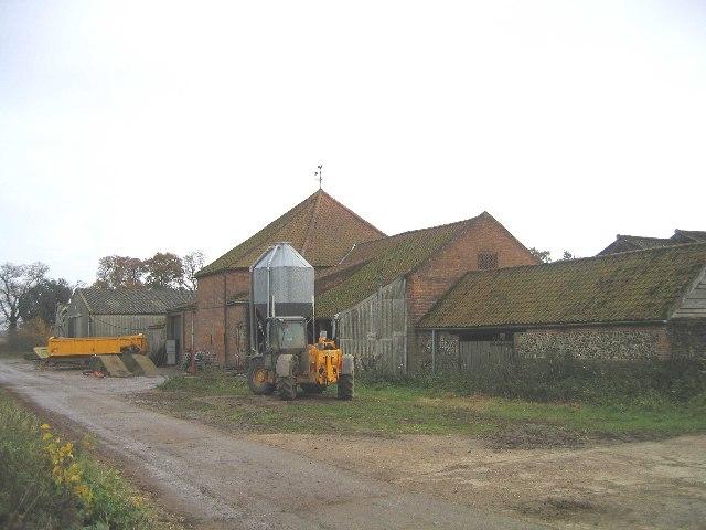 Manor Farm Barns, Little Plumstead