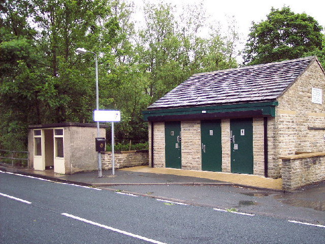 Public Convenience and bus shelter, Luddenden