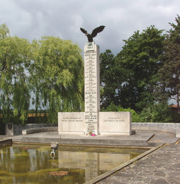 Polish War Memorial, Northolt