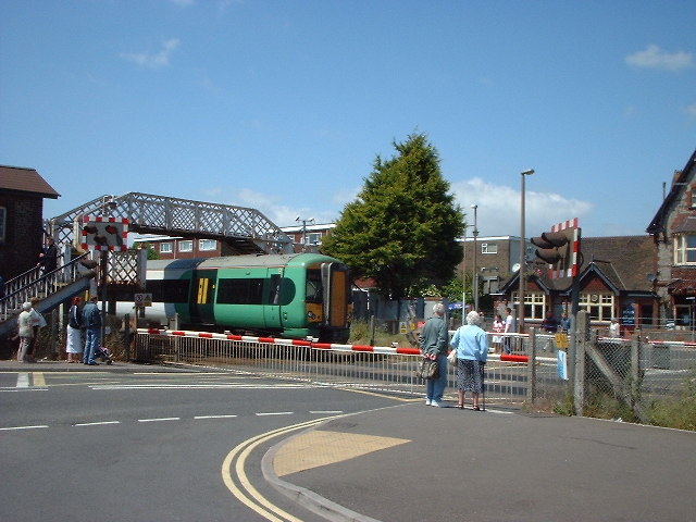 Lancing Station and Crossing