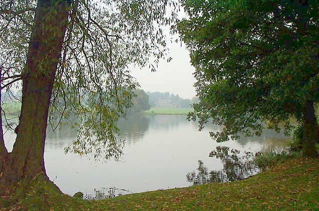 Locko Park Lake