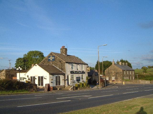 Four Lane End Pub (The Travellers Inn)